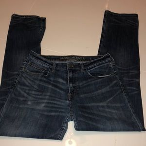 Men's American Eagle Jeans ripped jeans both knees